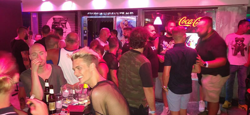 XL gay cruise bar cruise bar